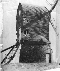 (21) Wrawby mill 1947