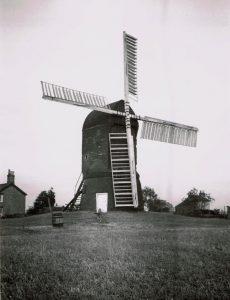 (6) Wrawby 1930's
