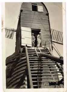 (7)Wrawby 1930's, Andrew Bros